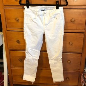 White cropped jeggings